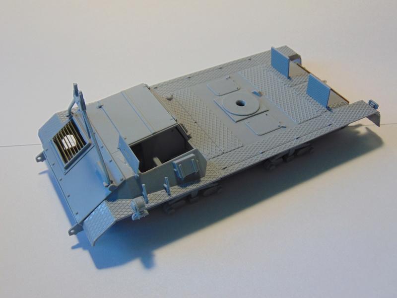 ARK Models 1/35 Pak 43/3 Waffentrager Dsc00810