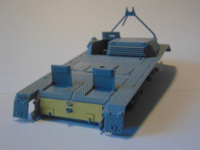 ARK Models 1/35 Pak 43/3 Waffentrager Dsc00812