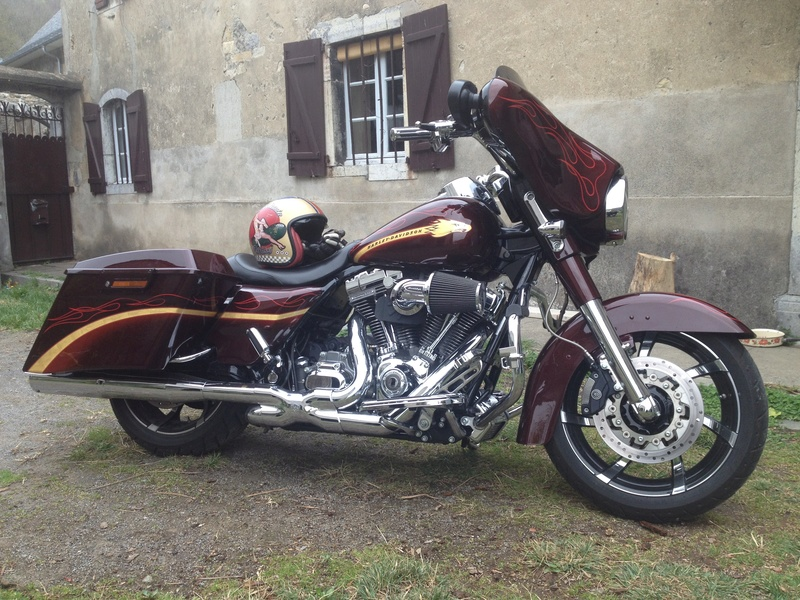 Street Glide CVO combien sommes nous sur Passion-Harley - Page 5 Img_0810