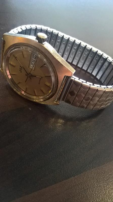 Jaeger -  [Postez ICI les demandes d'IDENTIFICATION et RENSEIGNEMENTS de vos montres] - Page 41 Wp_20150