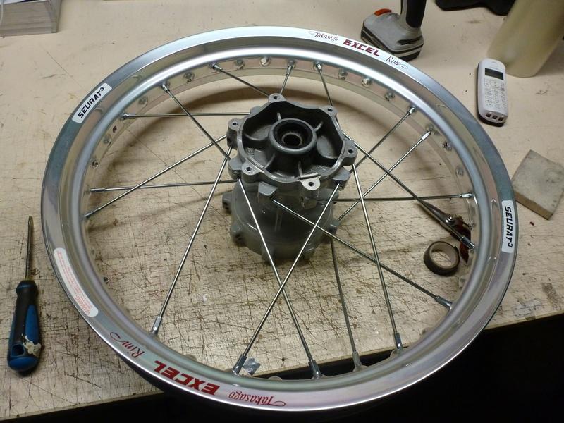 Aprilia rotax flat track P1040913