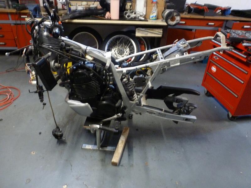Aprilia rotax flat track P1040914