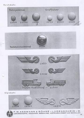 Identificar boton alemán con aguila y esvástica 2cat11