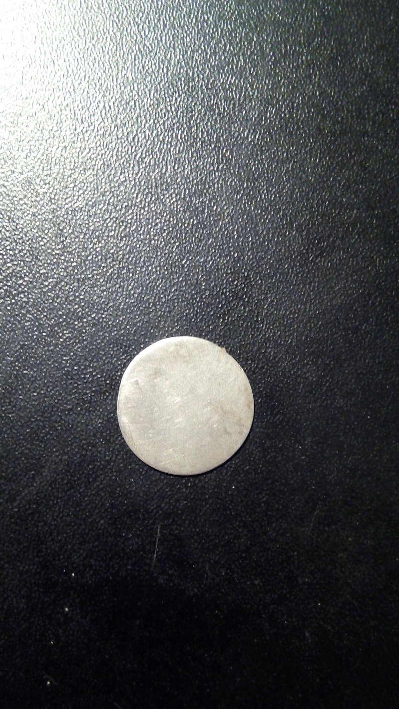 moneda a identificar  Img_2033