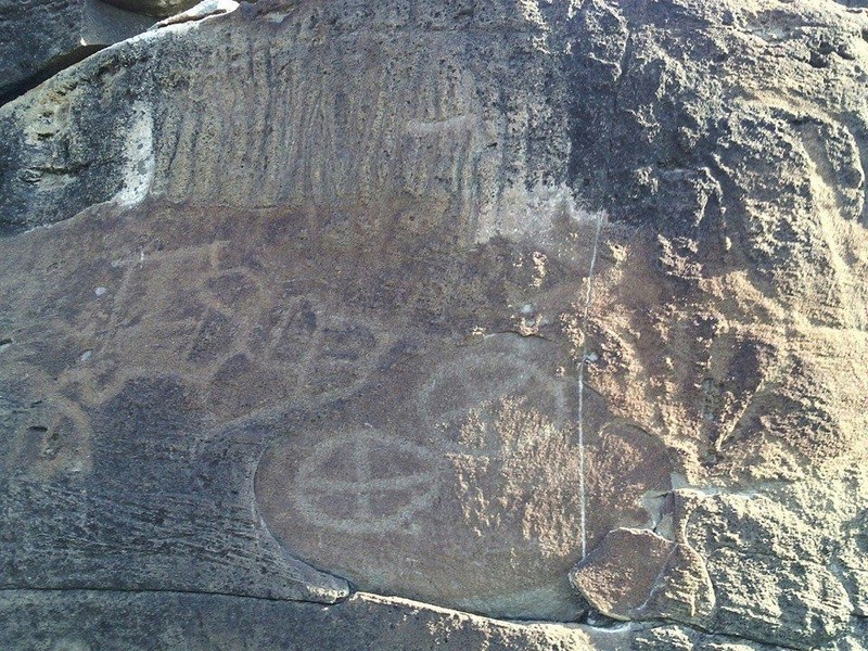 Monumento Omega (simbolos españoles) 14956611