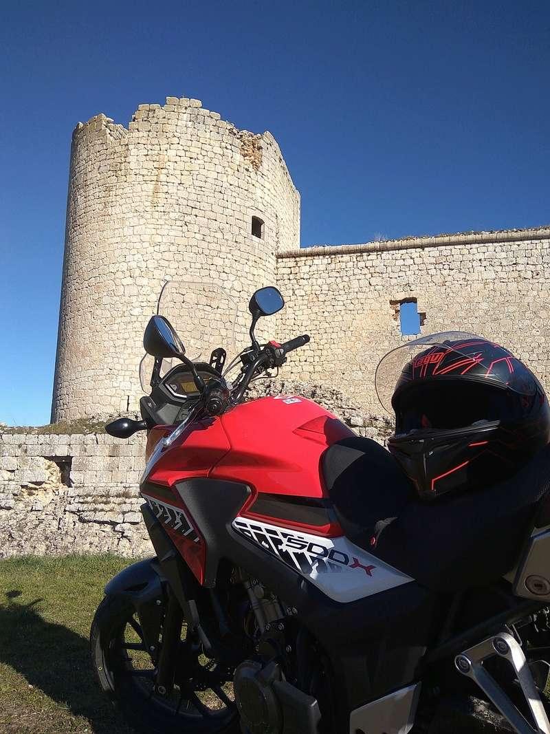 Castillos y motos - Página 5 Img_2011