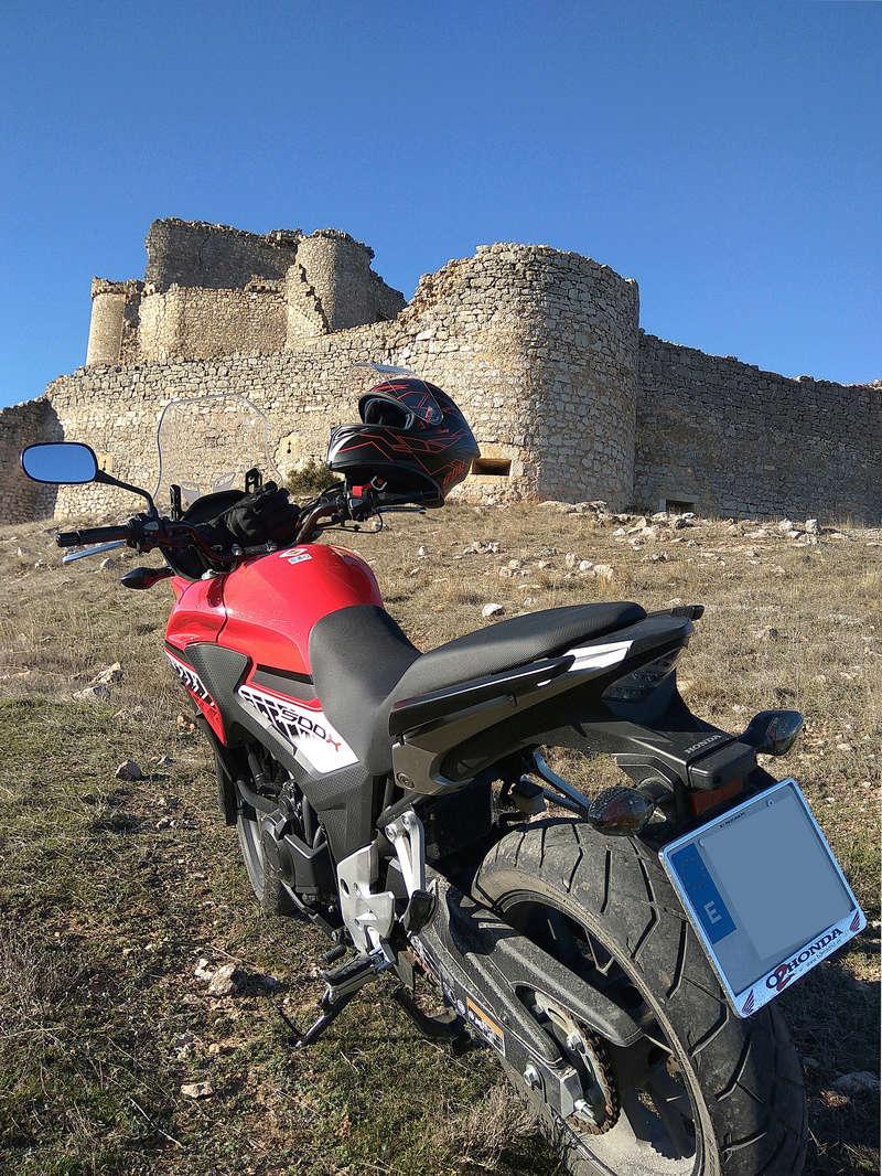 Castillos y motos - Página 5 Img_2012