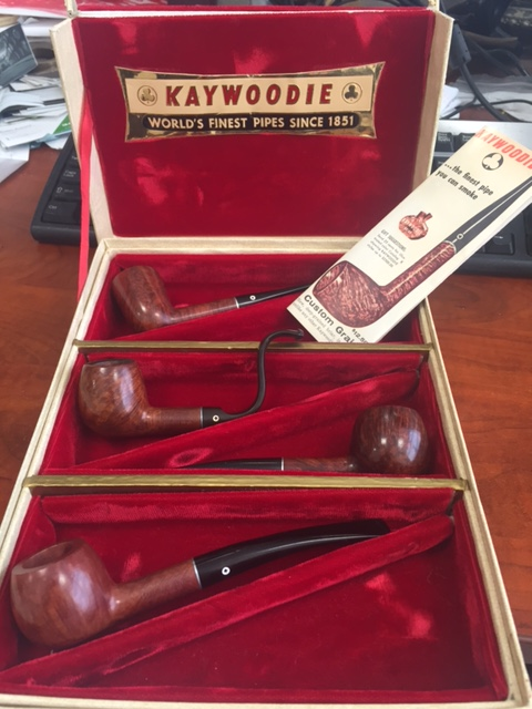 my most recent estate find. old kaywoodie advertising piece Img_8011