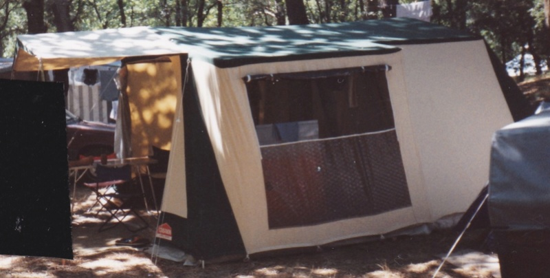 Modèle de CABANON Tente_12