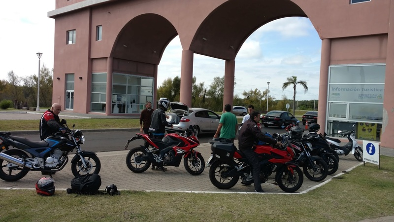 Viaje a Gualeguaychu semana santa - Página 2 Img_2026