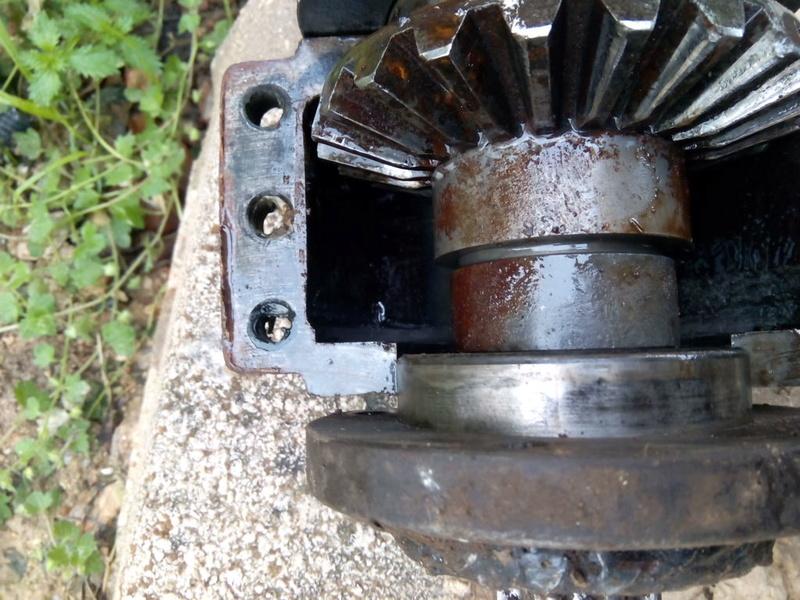 [HELENA ML 30 D] Reparación transmisión (solucionado) Img_2010