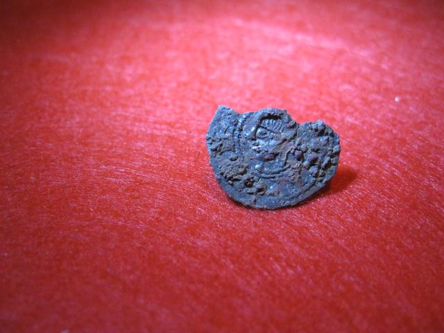 Fracción de dinero Medieval ??? Moneda11