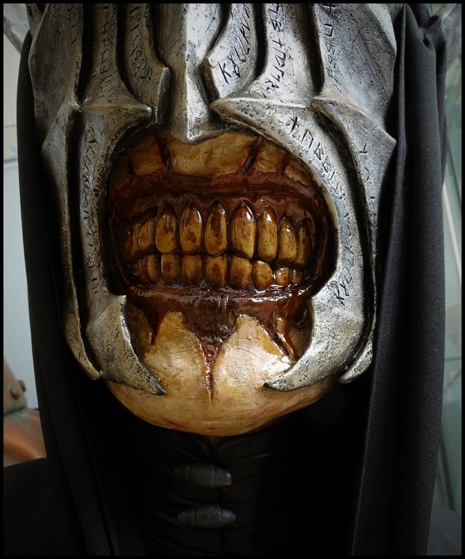 Mouth of Sauron lifesize bust (LOTR) Mouth_45