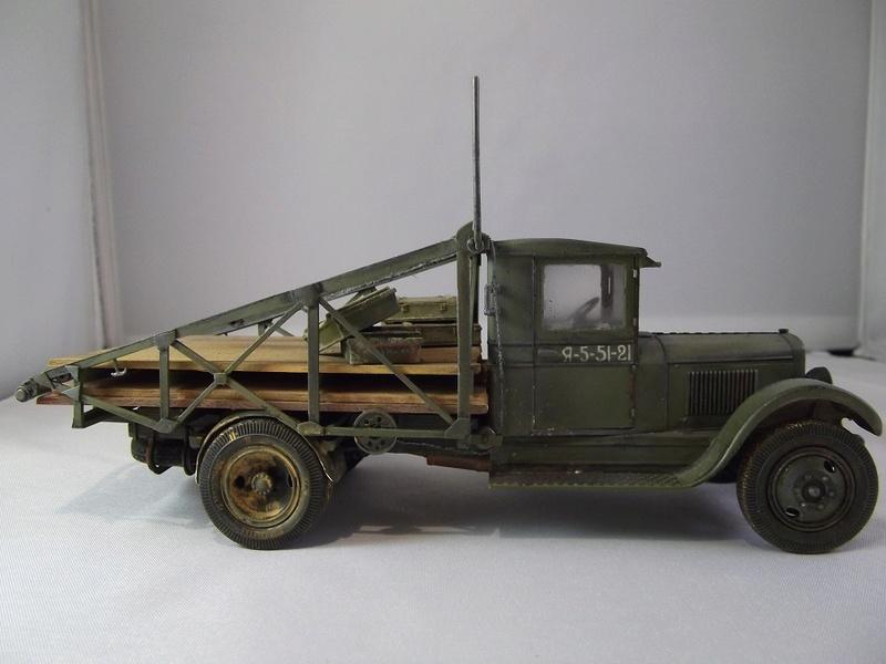 Специальный грузовик на базе ЗИС 5 для перевозки понтонов Zis-5_38