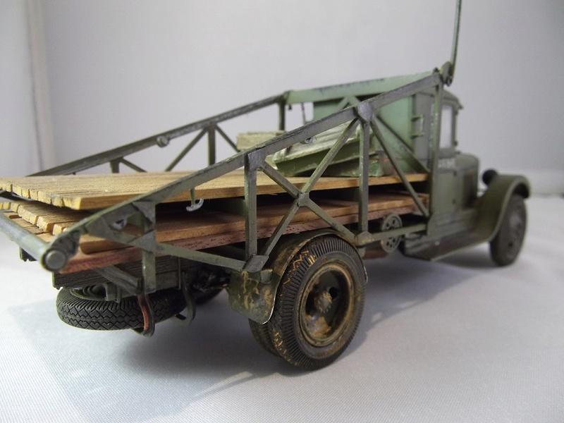 Специальный грузовик на базе ЗИС 5 для перевозки понтонов Zis-5_39