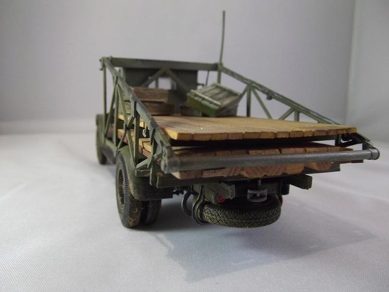 Специальный грузовик на базе ЗИС 5 для перевозки понтонов Zis-5_40
