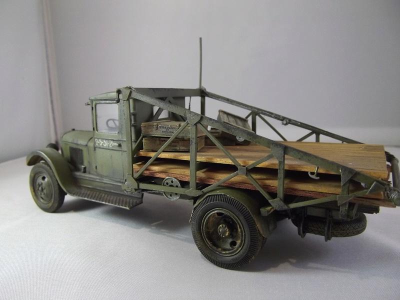 Специальный грузовик на базе ЗИС 5 для перевозки понтонов Zis-5_41