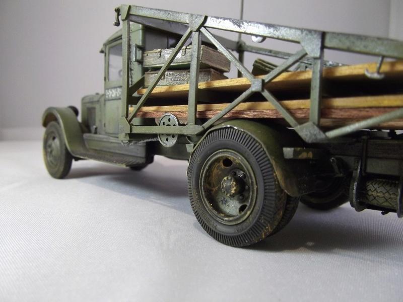Специальный грузовик на базе ЗИС 5 для перевозки понтонов Zis-5_44