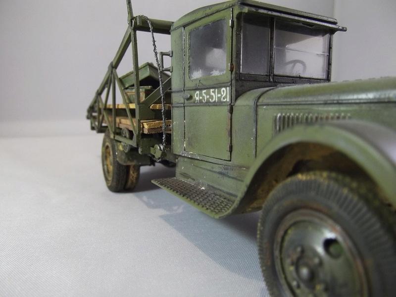 Специальный грузовик на базе ЗИС 5 для перевозки понтонов Zis-5_45