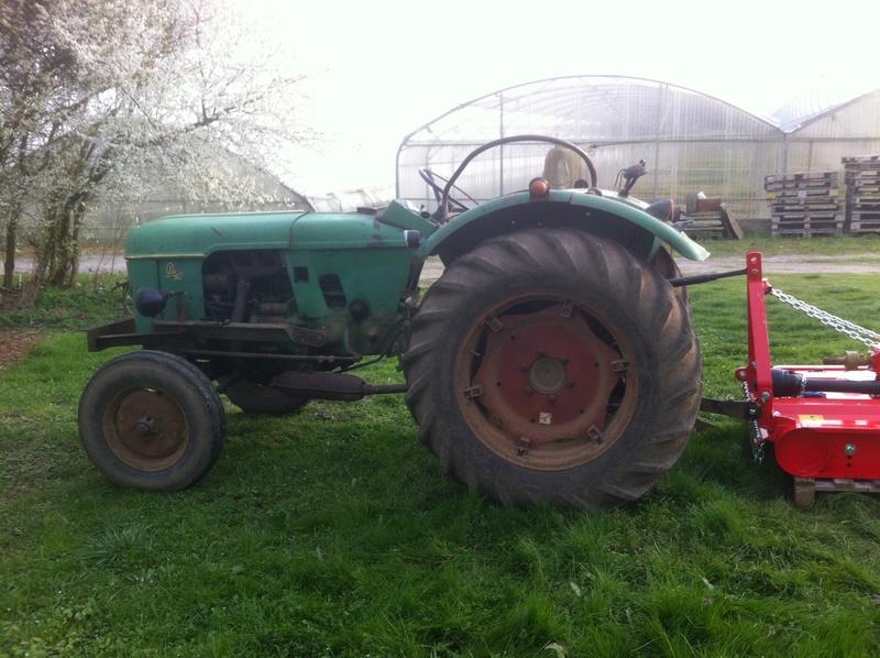vends tracteur Deutz D 40.2 Img_2317