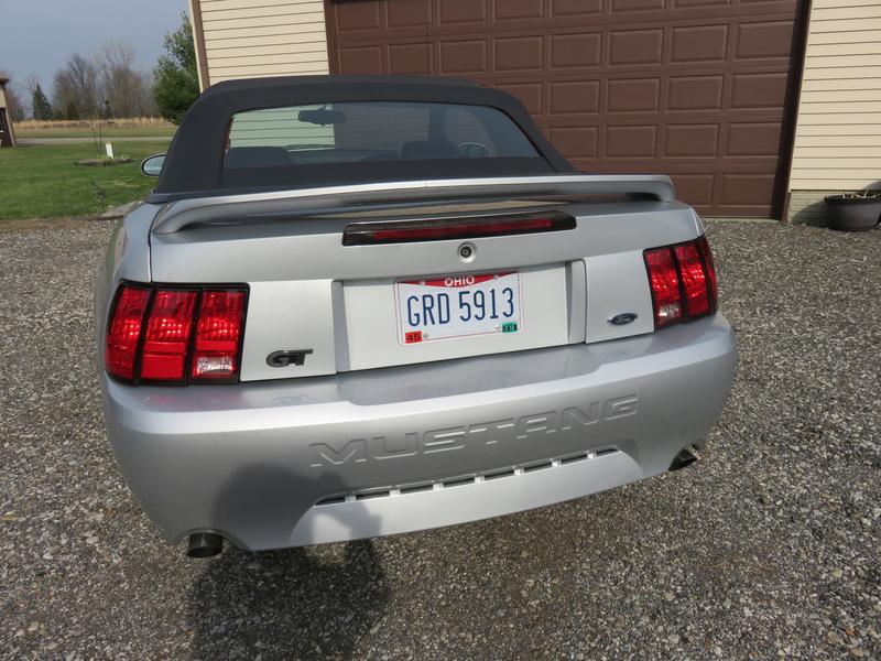 2000 Mustang GT Convertible Img_0212