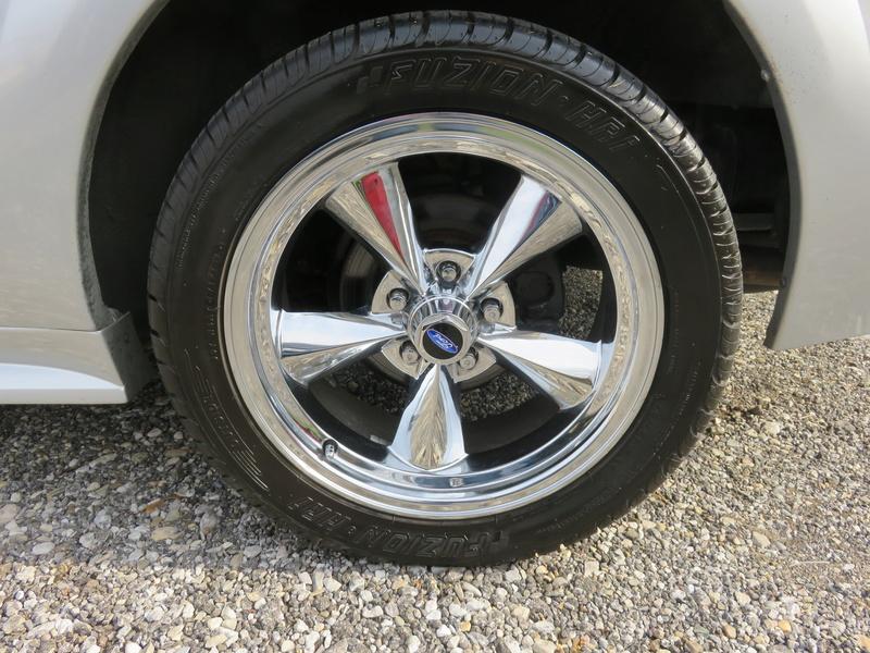 2000 Mustang GT Convertible Img_0215