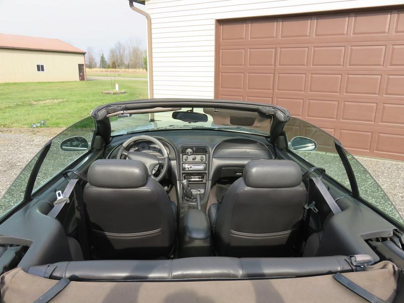 2000 Mustang GT Convertible Img_0219