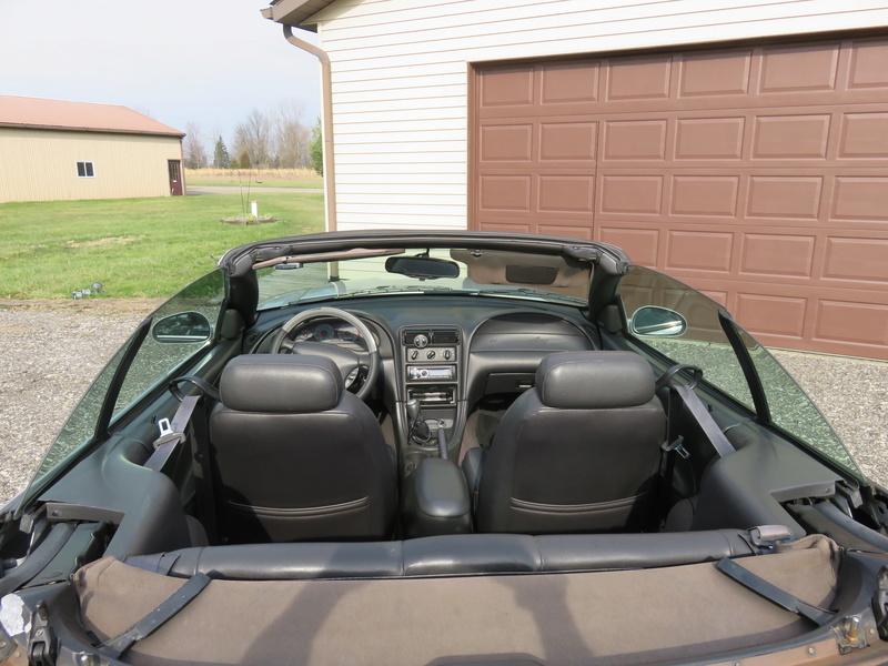 2000 Mustang GT Convertible Img_0220