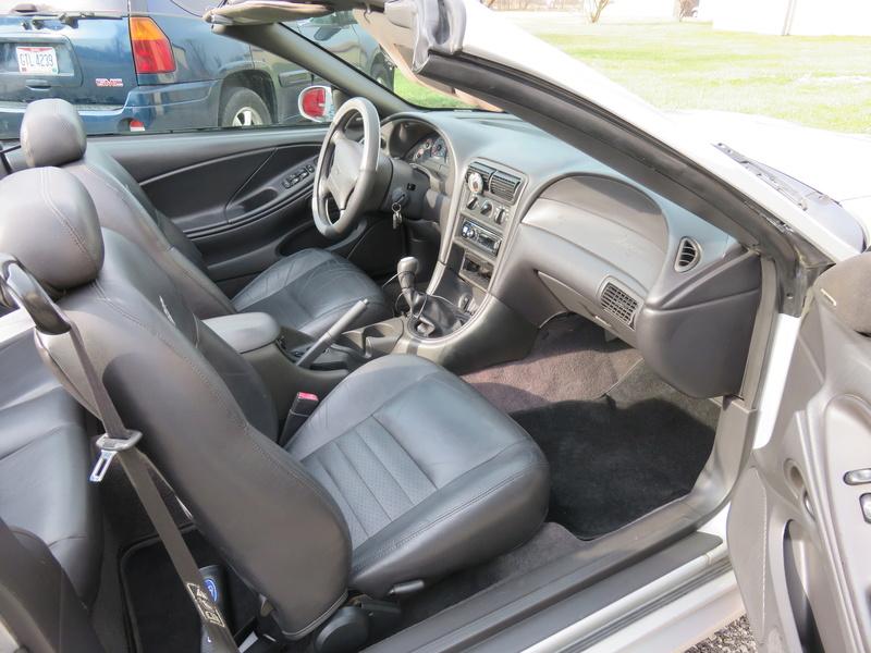 2000 Mustang GT Convertible Img_0221