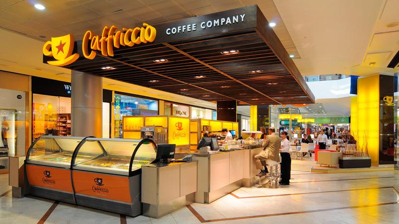 Cafetería del aeropuerto. Caffri10