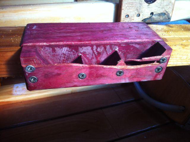 4.3m hollow all cedar outboard oar Broken11
