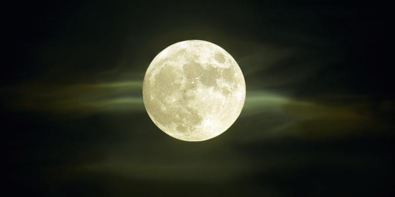 Capítulo 2: Blanco infinito - Página 2 Luna-l10