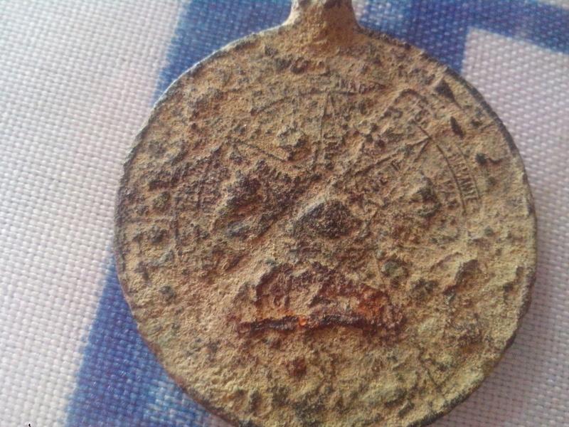 medallon de cobre Img-2018