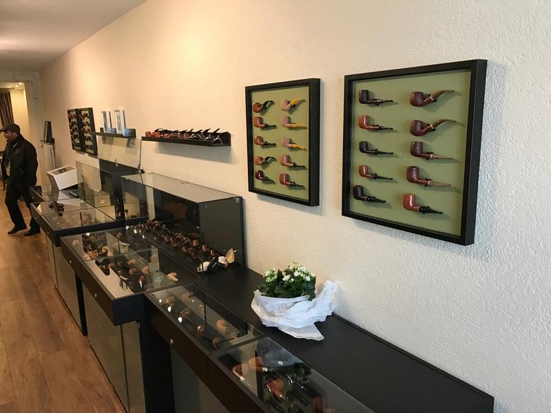 Nouvelle adresse à Bâle (Suisse) - Steinmann's Pfeifenladen  Img_0611
