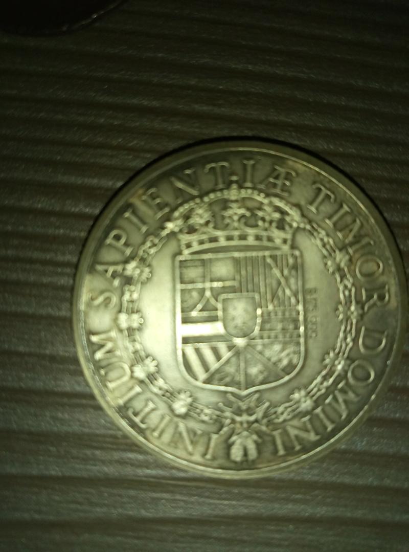 Ayuda con identificación de monedas  P7032910