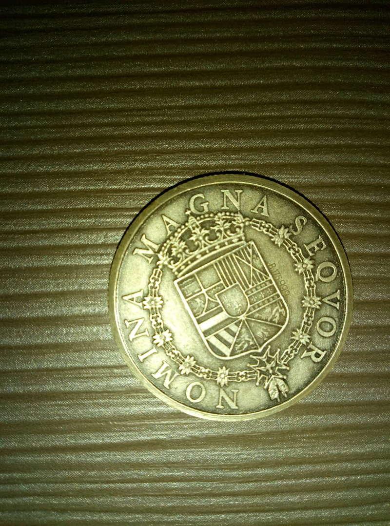 Ayuda con identificación de monedas  P7032912