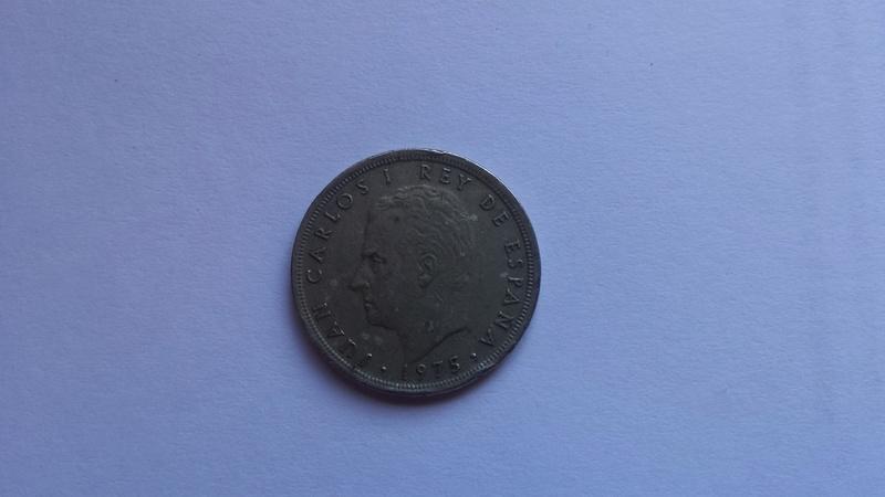 5 pesetas 1975 (*80). Juan Carlos I. Reverso girado casi 180º 20170310