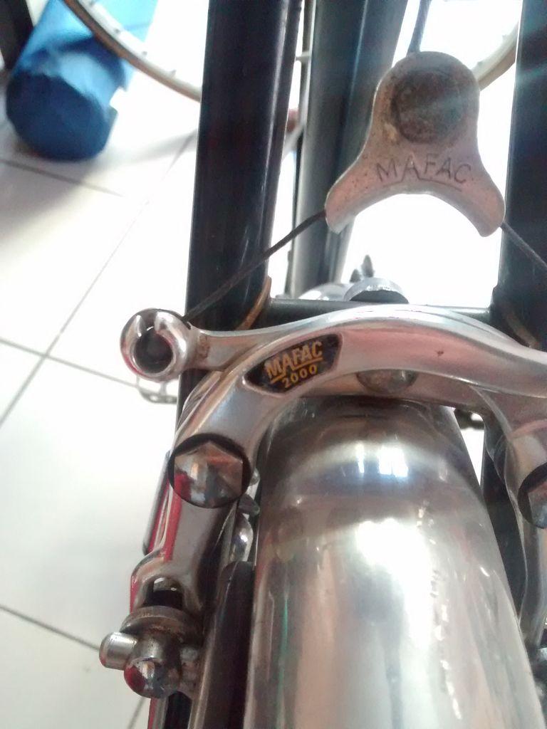 Quel est ce beau vélo en Reynolds 531 étiquette rouge ? Img_2022