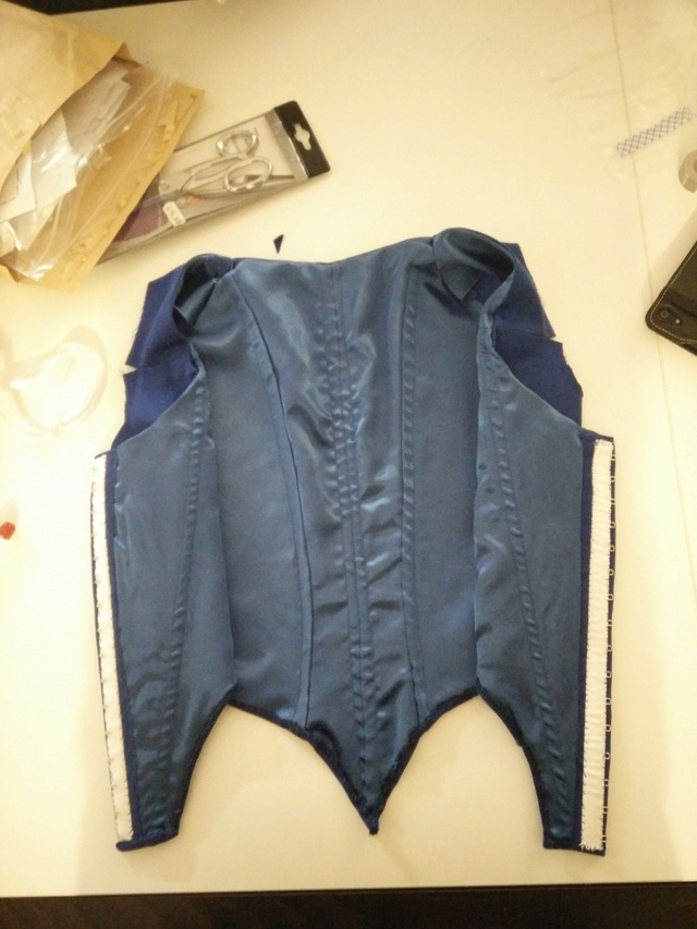 [Histo - en cours ] Première robe à l'anglaise bleue Img_2028