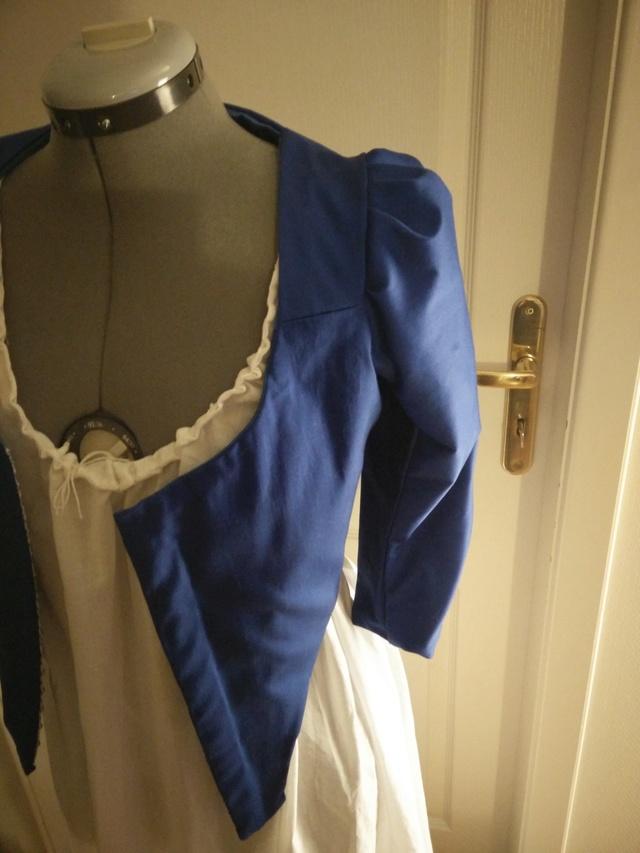 [Histo - en cours ] Première robe à l'anglaise bleue Img_2029