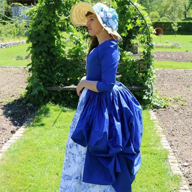 [Histo - en cours ] Première robe à l'anglaise bleue Img_2037