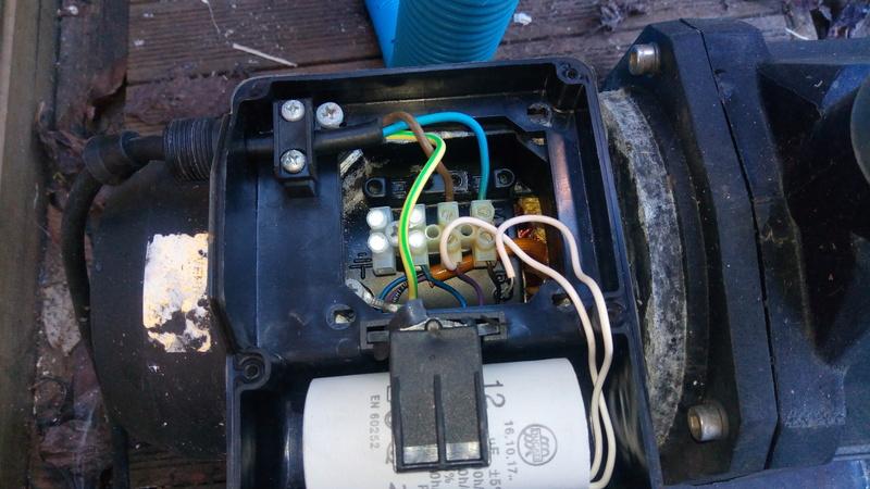 Fil de condensateur débranché 110