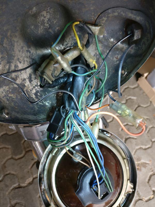 Instandsetzung und Neuaufbau CX500C - Seite 3 Lampe011