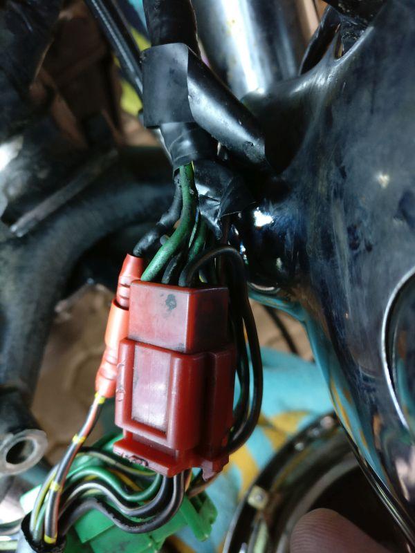 Instandsetzung und Neuaufbau CX500C - Seite 3 Stecke10
