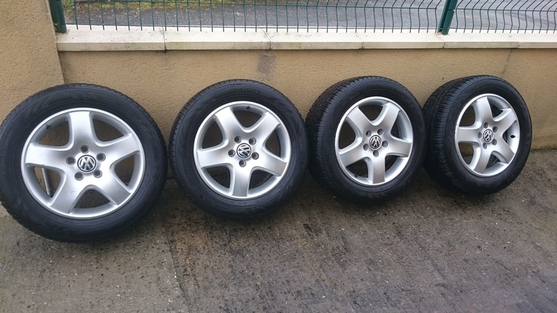 roues origine en 17 avec 4 pneus neiges Dsc_1510