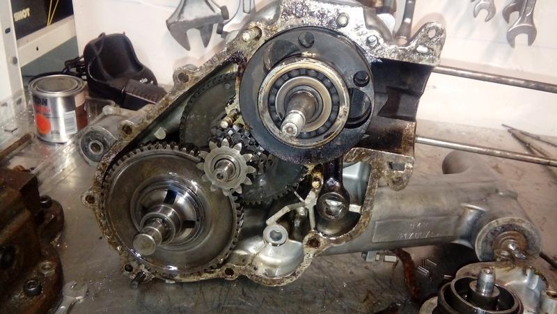 Restauración de Vespa Sprint 150 con sidecar. 20170410