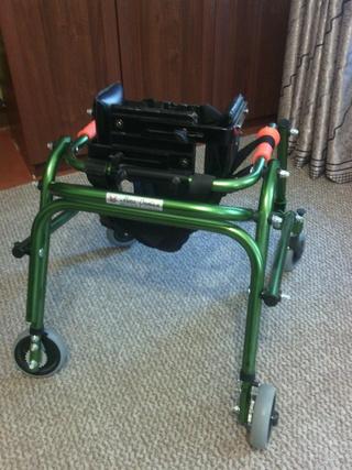 Продам (детские вещи,технические средства реабилитации,ортезы,коляски) - Страница 3 I10
