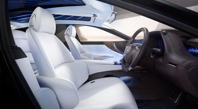 اطلالة سيارات لكزس 2018 1823