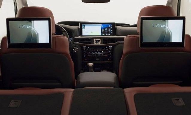 اطلالة سيارات لكزس 2018 650