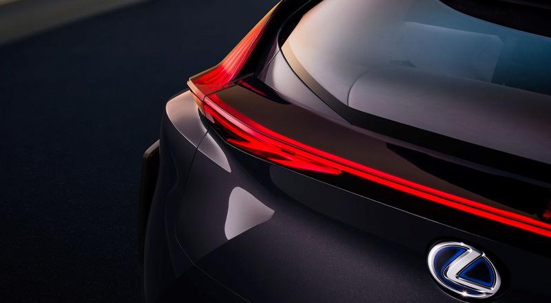 اطلالة سيارات لكزس 2018 945